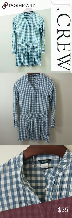 J. Crew | Gingham blue dress In excellent condition! J. Crew factory Gingham print dress, size 0. Loose fit. Could fit up to a size 4.  Bundle up! Offers always welcome:) J. Crew Factory Dresses