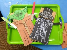 Star Wars paper bag puppets!