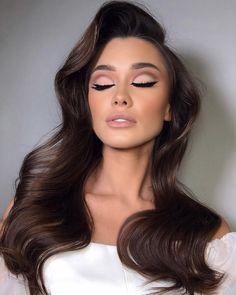 Bride Makeup, Wedding Hair And Makeup, Beauty Makeup, Hair Makeup, Hair Beauty, Down Hairstyles, Wedding Hairstyles, Gorgeous Makeup, Brown Hair Colors