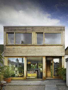 dublin-backyard-indoor-outdoor-garden-house-john-mclaughlin-gardenista.