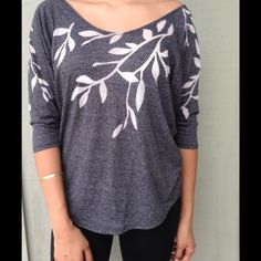 Top Elbow length top ! With branch leave design!! It could fit possible fit a small Tops Tees - Short Sleeve