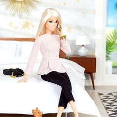 One sec, Miss Honey - I'm on the phone! #barbie #barbiestyle