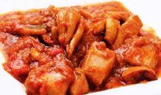 ΣΟΥΠΙΕΣ ΣΤΙΦΑΔΟ – Trikalaola.gr The Kitchen Food Network, Fish And Seafood, Kung Pao Chicken, Food Network Recipes, Chicken Wings, Salads, Recipies, Food And Drink, Easy Meals