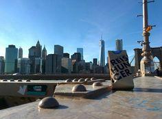 Reishunger Tüte in New York #reishunger #reisen #reisneid #nyc #brooklynbridge