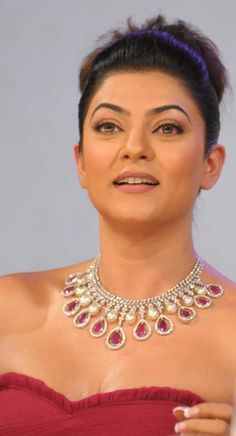 Sushmita Sen #Bollywood #Fashion