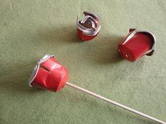 Tutorial paso a paso cómo hacer una sencilla rosa reciclando