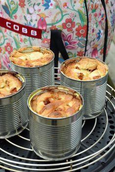 Canned apple pie - My Cobb Campfire Desserts, Bbq Desserts, Camping Bbq, Camping Meals, Cobb Cooker, Cobb Bbq, Bbq Cake, Bbq Catering, Canned Apples