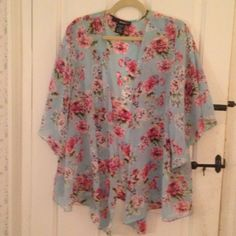 Beautiful Aqua Blue Floral Kimono Worn twice and in like new condition. Aqua background with baby pink, hot pink, white, lavender and sage green print. Super light and floaty! 18W. denim 24/7 Tops Blouses