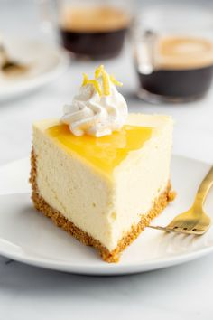 Tart Lemon Cheesecake sits atop an almond-graham cracker crust to add a delightful nuttiness to the traditional graham cracker crust. Finish the cheesecake with lemon curd for double the pucker! Lemon Cheesecake Recipes, Lime Cheesecake, Lemon Desserts, Summer Desserts, Easy Desserts, Dessert Recipes, Summer Dishes, Sweet Desserts, Graham Cracker Crust