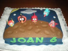Tarta de los Angry Birds Espaciales!! Tanto a Joan como a sus amigos, les encantó!! Los muñequitos  volaron, jeje!!