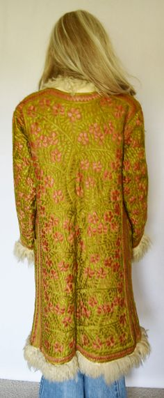 Vintage 1960's 70's Crewel EmBrOiDeReD FLoWeR by ElectricLadyland1