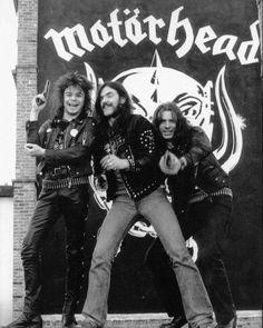 Motörhead's Lemmy Kilmister Dead at 70 Heavy Metal Bands, Hard Rock, Eddie Clarke, Tribute, Rockn Roll, Rock Legends, Music Icon, Concert Posters, My Favorite Music