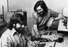 Steve Jobs and Steve Wozniak in the garage of Jobs' parents house. Apple was founded on April by Steve Jobs, Steve Wozniak and Ronald Wayne. Apple Ii, Steve Jobs Steve Wozniak, Keynote, Alter Computer, Steve Jobs Apple, My Sun And Stars, Wtf Fun Facts, Random Facts, Job S