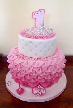 My finished creation. Happy Birthday Princess Cake, Baby 1st Birthday Cake, Barbie Birthday Cake, Cupcake Cakes, Cupcakes, Quinceanera Cakes, Baby Girl Cakes, Samar, Themed Cakes