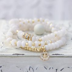 White Jade Stretch Bracelet with Gold Plated by LaliJewelryShop