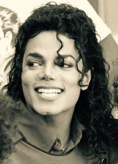 Perfect teeth ;-;