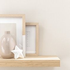 Collection TRIO #wallpaper #papierpeint #decoration Target Wallpaper, Beige Wallpaper, Home Wall Decor, Floating Nightstand, Wallpapers, Decoration, Collection, Wall Papers, Paper Envelopes