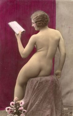 Photo PC Nr. 322 color ca 1920 Pin-up girl nus nude Akt nu nue nackt Po butt | eBay