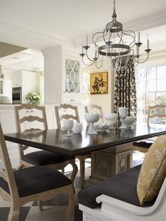 How To Refinish Dining Room Table Design, Pictures, Remodel, Decor and Ideas - page 31 I like the silver chandelier