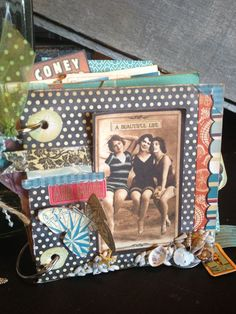 Love this On the Boardwalk mini album by Denise Johnson! So perfect! #graphic45 #minialbums