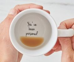 Tasse à café Mugs, Mug en Message Secret drôle - handmade mugs Cute Mugs, Funny Mugs, Funny Gifts, Funny Coffee Cups, Funny Presents, Gag Gifts, Awesome Coffee Mugs, Silly Gifts, Coffee Cup Art