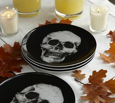 Halloween party - skull plates