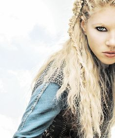 Katheryn Winnick as Shielmaiden Lagertha in Vikings Lagertha Lothbrok, Vikings Lagertha, Viking Life, Viking Warrior, Katheryn Winnick Vikings, Elven Princess, Vikings Tv Show, Viking Culture, Shield Maiden