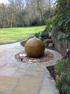 The Natural Stone Ball Company – specialists in the supply of high quality interior and exterior stone balls ideal for contemporary or traditional homes to provide character and create a real focal point. Small Water Features, Water Features In The Garden, Garden Features, Stone Water Features, Unique Gardens, Back Gardens, Sphere Water Feature, Garden Fountains, Fountain Garden