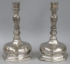PAIR OF SPANISH COLONIAL SILVER CANDLESTICKS : Lot 0100
