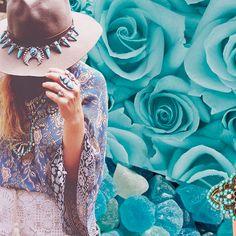 Se você estava procurando um bom motivo para investir em acessórios turquesa, bem, te daremos dois! Primeiro: a cor turquesa traz boas energias. Segundo: acessórios turquesa, é que a cor é promessa para a próxima estação. #acessóriosturquesa #turquesa#Inspiração #ColeçãoExclusive #Summer2016 #ElaineLouiseAcessorios #VoudeElaineLouiseAcessórios #estiloela #Summer #Summertime #Fashion #ootd #Acessórios #Showroom  [Link: https://goo.gl/9GNpLn]