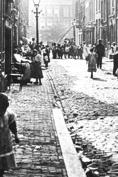 Paradise On Earth, The Old Days, Back In Time, Old City, Rotterdam, Railroad Tracks, Vintage Photos, Netherlands, Holland