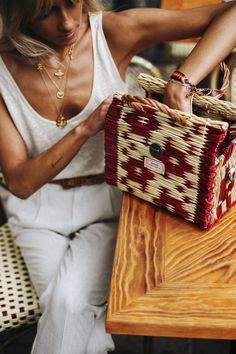 Justina Basket bag! Portuguese Handbag & Shoulder basket bag: handmade, stylish, fashion, trendy, practical and Light with a vintage look but still with a modern twist! Perfect for the bag lover girls. - Natural Genuine Eco-friendly Leather - Raw-material: reed (a plant) in red color - A Designer Bag by Victoria handmade® - Ideal for Spring/Summer outfits, and protected for the autumn/winter season to use all year long!
