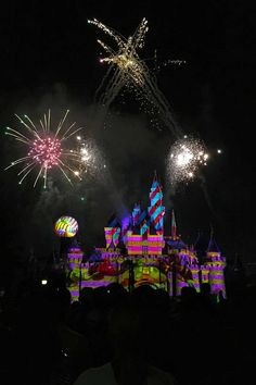 The Very Best Places to View Disneyland Fireworks Disneyland California, Disneyland Resort, Fireworks Show, Night Time, Walt Disney, The Good Place, Places To Go, Magic, Fun