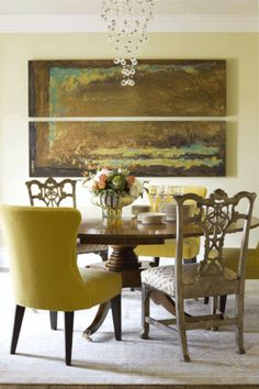 A Delightful mix of different furniture styles for an elegant, eclectic dining room.