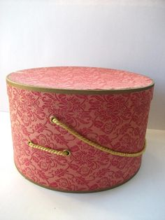 Vintage Hat Box. I have this. It was my grandmas. very special.
