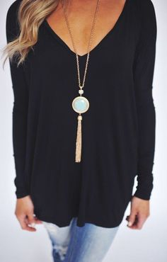 #fall #fashion / black shirt
