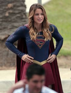 supergirl                                                                                                                                                                                 Más