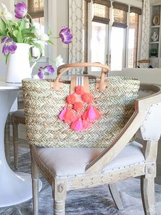 home decor accessories with fringe tassels and pom poms natural straw beach bag with tassels and Traditional Decor, Pom Poms, Shabby Chic Decor, Home Decor Accessories, Decoration, Tassels, Dining Chairs, Give It To Me, Peps