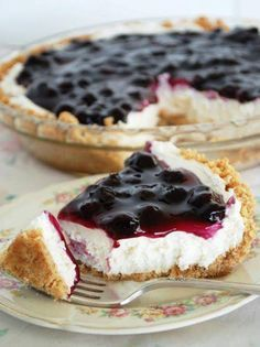 No-Bake Blueberry Cheesecake 8 oz. cream cheese 1 cup confectioner's sugar 1 tsp. vanilla 8 oz. cool whip 10 oz. blueberry pie filling Graham Cracker Crust Beat together cream cheese, sugar & vanilla. Fold in cool whip. Spoon filling into prepared pie crust. Spread blueberry topping on top. Refrigerate for 2 hours or until chilled.