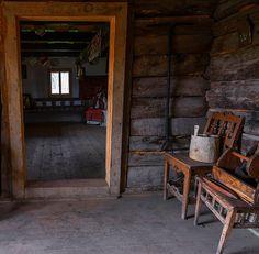 adelaparvu.com despre case din lemn maramuresene, case restaurate Maramures, Breb, Foto Dragos Asaftei (15) Old Houses, Traditional, Prague, Cottages, Austria, Interior, Amazing, Design, Houses