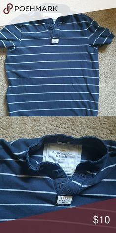 Abercrombie & Fitch Shirt Short Sleeve Shirt Abercrombie & Fitch Tops Tees - Short Sleeve