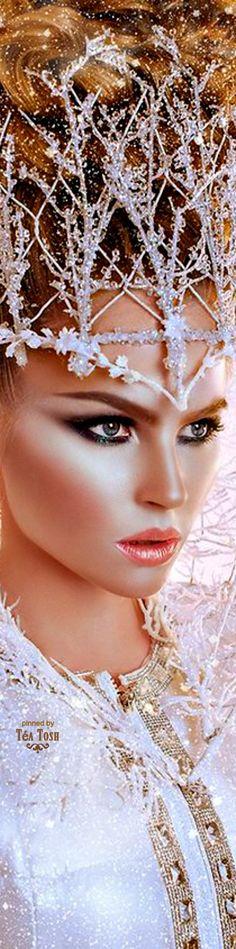 ❈Téa Tosh❈Queen of Ice I Am A Queen, Ice Queen, Headdress, Headpiece, Snow Queen Costume, Golden Goddess, Sheer Beauty, Ice Princess, Marquise