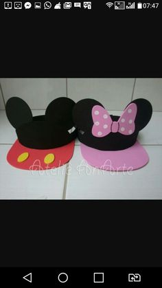 Crianças Mickey Mousr, Mickey Mouse Crafts, Miki Mouse, Disney Party Decorations, Class Decoration, Pet Fashion, Disney Diy, Mouse Parties, Diy And Crafts