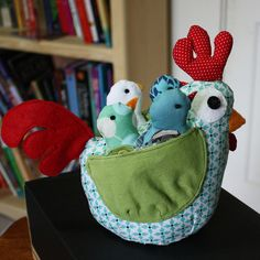 oh my! I have to make one of these with six chicks! by craftyNHmom