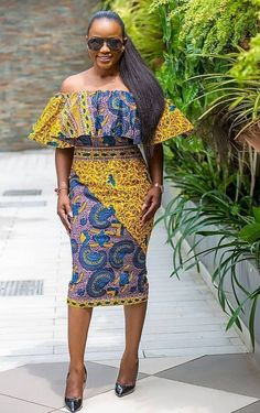 Rocking stylish ankara wears during festive periods has never looked this beautiful as when you rock these Stylish Happy Christmas Ankara Styles, they make you glow anywhere African Wear Dresses, African Fashion Ankara, Latest African Fashion Dresses, African Print Fashion, African Attire, African Outfits, African Clothes, African Style, Trendy Ankara Styles