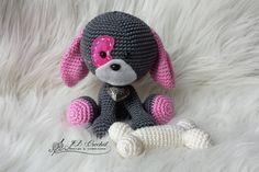 Gehaakt Hondje Domino ontworpen door YarnSociety gemaakt door JB Crochet Design & Creations. Crocheted Dog Domino designed by YarnSociety made by JB Crochet Design & Creations.