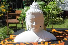 Buddha Büste - Steinguss Deko für Wohnung und Garten