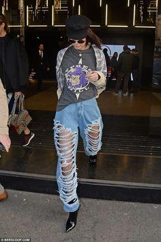 Kendall Jenner 02/22/17