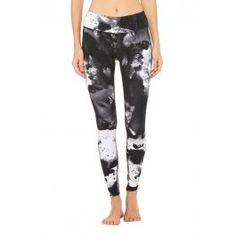 Airbrush Legging - Print | Women's Yoga Bottoms at ALO Yoga