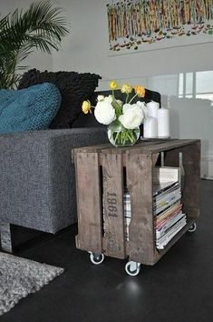 DIY Awesome Rustic Wooden Crates Projects Here we are with another DIY solution that you will love. We will present you DIY projects with wooden crates. They are so simple to be made and at the sam Wooden Crates Projects, Old Wooden Crates, Diy With Crates, Wooden Sheds, Wooden Crafts, Diy Home Decor, Room Decor, Diy House Projects, Craft Projects